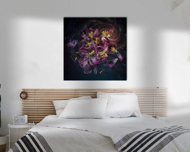 Sfeerimpressie: Tulpen in verval van Monique van Velzen