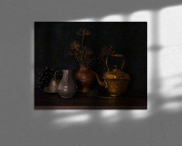 Stilleben mit Krügen von Odette Kleeblatt