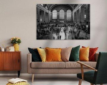 De tijd gaat voorbij in Grand Central Station, New York, zwart wit van Nynke Altenburg