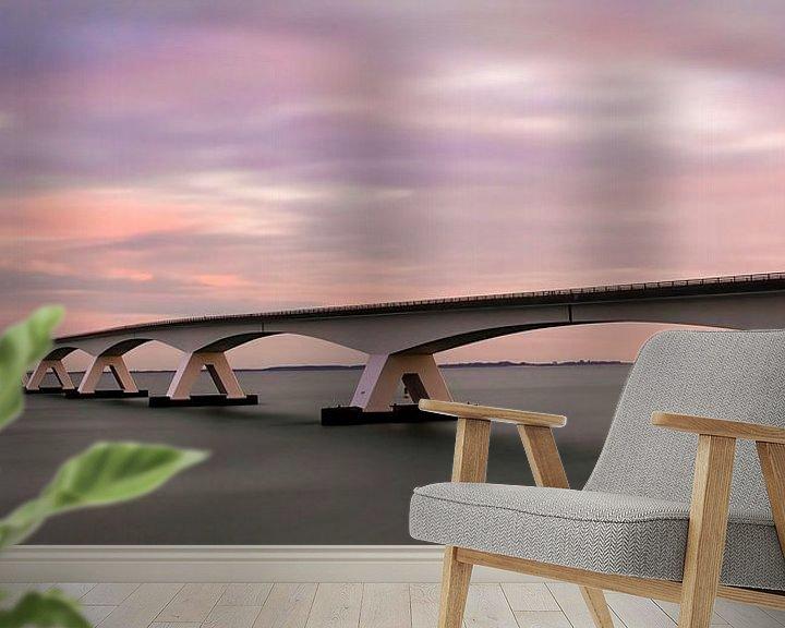 Sfeerimpressie behang: Panorama Zeelandbrug tijdens zonsopkomst van Marjolein van Middelkoop