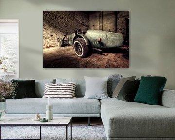 Old speed car van Michelle Casteren