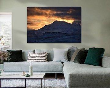 Zonsondergang in winter van Elisa in Iceland