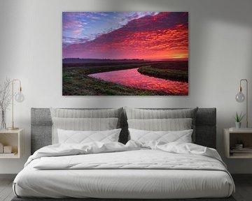 Besondere rot-orange Wolken von Miranda Heemskerk