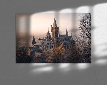 Mystiek kasteel Wernigerode in de mist