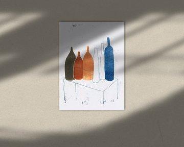 Flaschen auf dem Tisch, 2020 von Corine Teuben