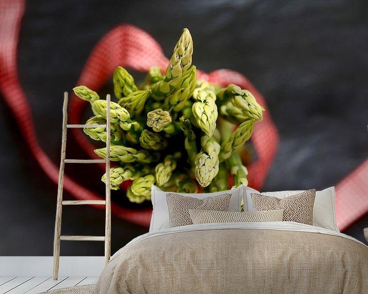 Sfeerimpressie behang: Groene asperges van Thomas Jäger