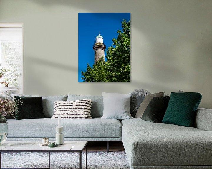 Beispiel: Blick auf den Leuchtturm mit Baum in Warnemünde von Rico Ködder