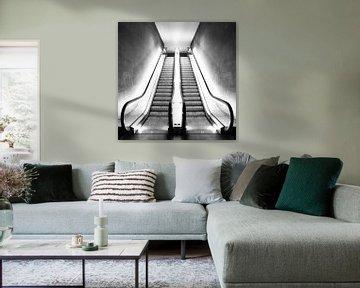 Rolltreppe im Licht von pixelstory