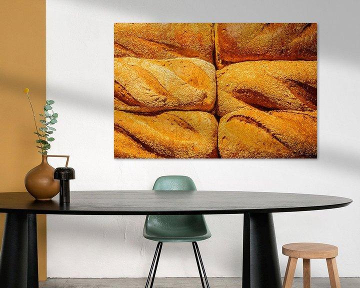 Beispiel: Frisch gebackenes Brot aus dem Ofen. von Jan van Dasler
