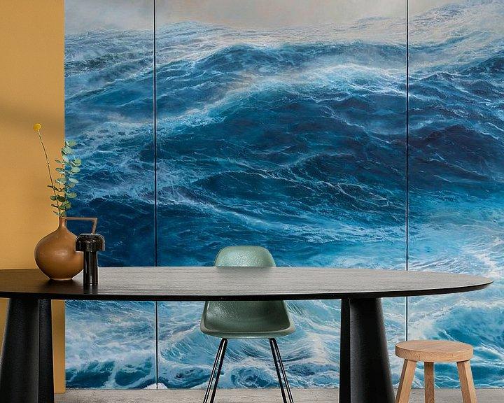 Sfeerimpressie behang: Drieluik  Windkracht 10 op de oceaan van Bert Oosthout
