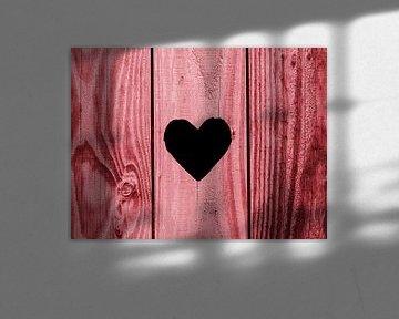 Ik hout van jou...(Hartje in oudroze hout) van Caroline Lichthart