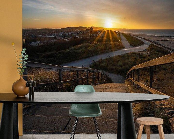 Sfeerimpressie behang: Tipping Point (zonsopkomst boven Zoutelande) van Thom Brouwer
