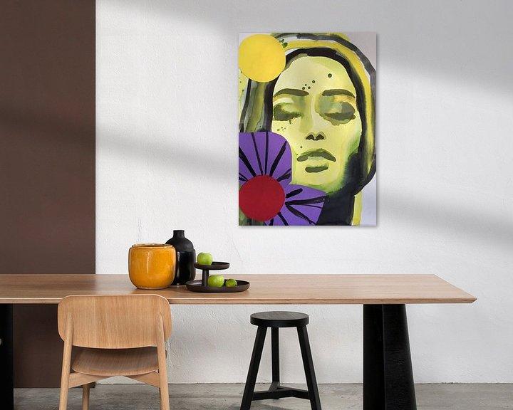 Beispiel: Lila Blumenmädchen von Helia Tayebi Art