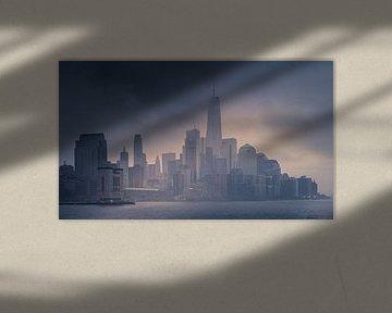 Downtown in de mist van Dennis Donders