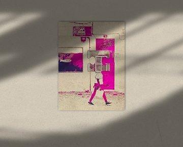 Passing the pink door von Gabi Hampe
