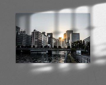 Zonsondergang in Osaka van Mickéle Godderis