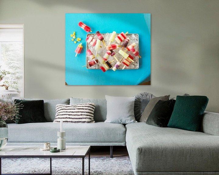 Sfeerimpressie: SF 11265630 Zelfgemaakte ijslolly's op dienblad van BeeldigBeeld Food & Lifestyle