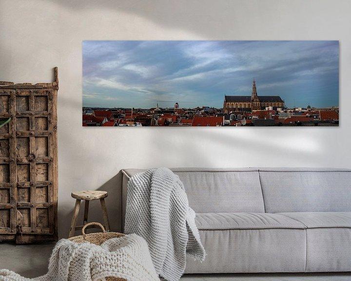 Sfeerimpressie: Panorama met Grote Kerk in Haarlem van Arjen Schippers