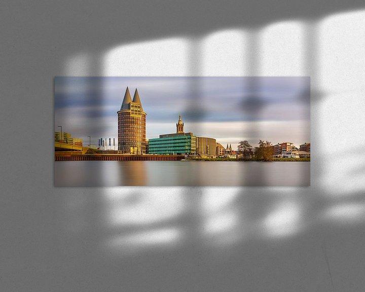 Sfeerimpressie: Skyline Roermond, lange belichting namiddag van Teun Ruijters