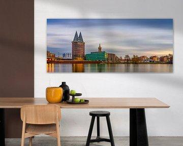 Skyline Roermond, lange belichting zonsondergang van Teun Ruijters