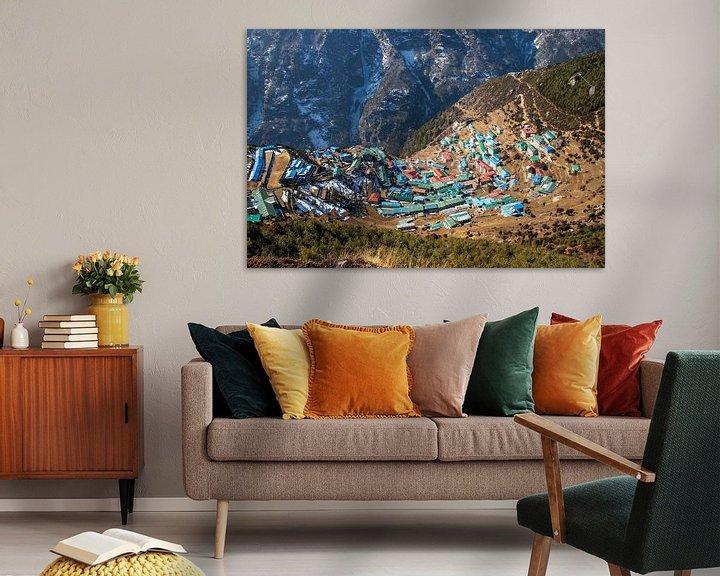 Sfeerimpressie: Namche Bazaar, Sagarmatha National Park, Nepal van Ton Tolboom