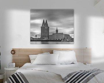Roermond - Skyline - lange sluitertijd - zwartwit van Teun Ruijters