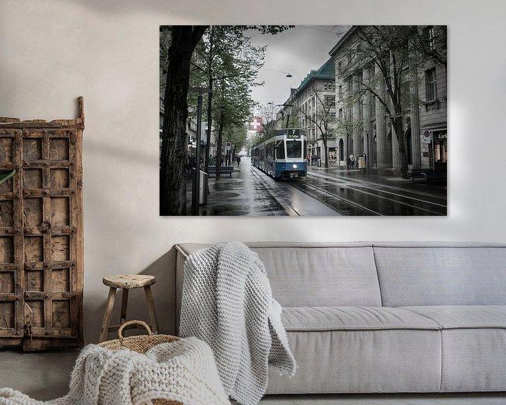 Sfeerimpressie: Tram in Zürich van Mark Bolijn