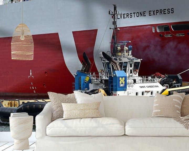 Sfeerimpressie behang: Sleepboot Smit Cheetah van Piet Kooistra