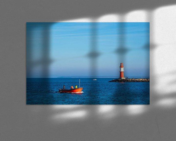Beispiel: Mole an der Küste der Ostsee mit Fischerboot in Warnemünde von Rico Ködder