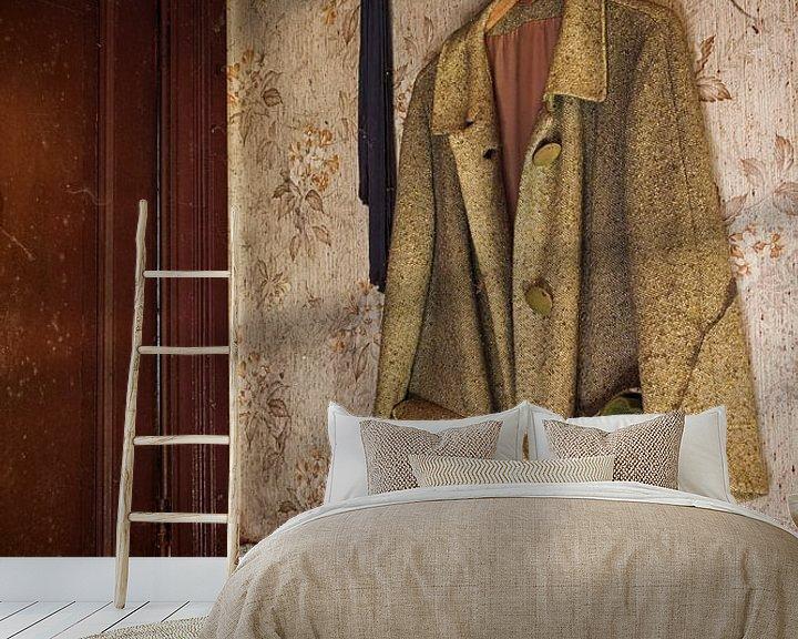 Sfeerimpressie behang: Urbex stilleven van Carola Schellekens