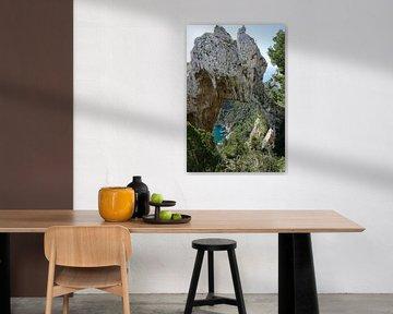 Rotsformatie op Capri van Dominic Corbeau