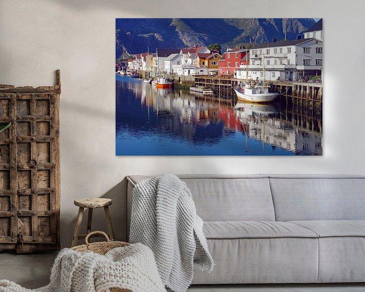 Sfeerimpressie: De haven van Henningsvaer van Reinhard  Pantke