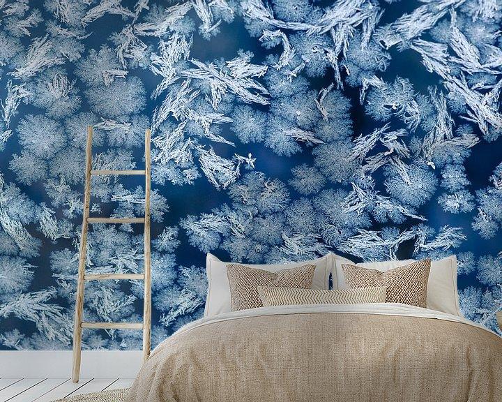 Sfeerimpressie behang: Freezing cold van Laura Vink