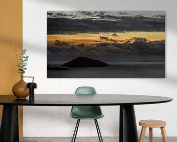 Bewolkte zonsondergang van Hannon Queiroz