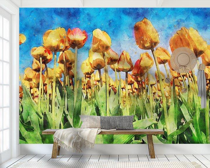 Sfeerimpressie behang: tulpenbloem onder een blauwe hemel van Digikhmer