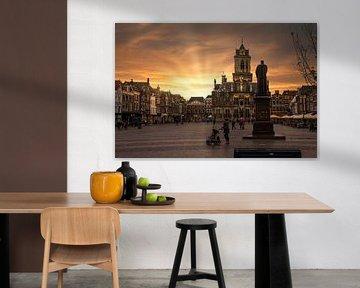 Sonnenuntergang auf dem zentralen Platz und dem Rathaus von Delft von Digikhmer