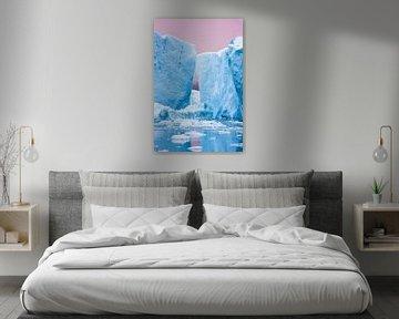 Roze zonsondergang boven de ijsschotsen van Disko Bay (Diskobaai) van Martijn Smeets