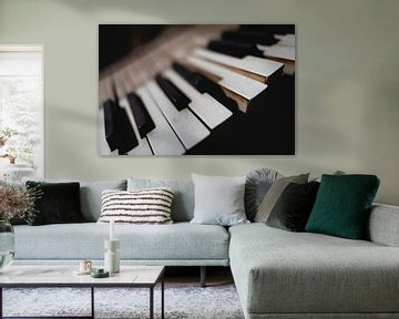 Toetsen van een piano in een loods in Groenland