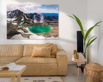 Uitzicht op de Emerald Lakes in Tongariro Nationaal Park, Nieuw-Zeeland van Linda Schouw