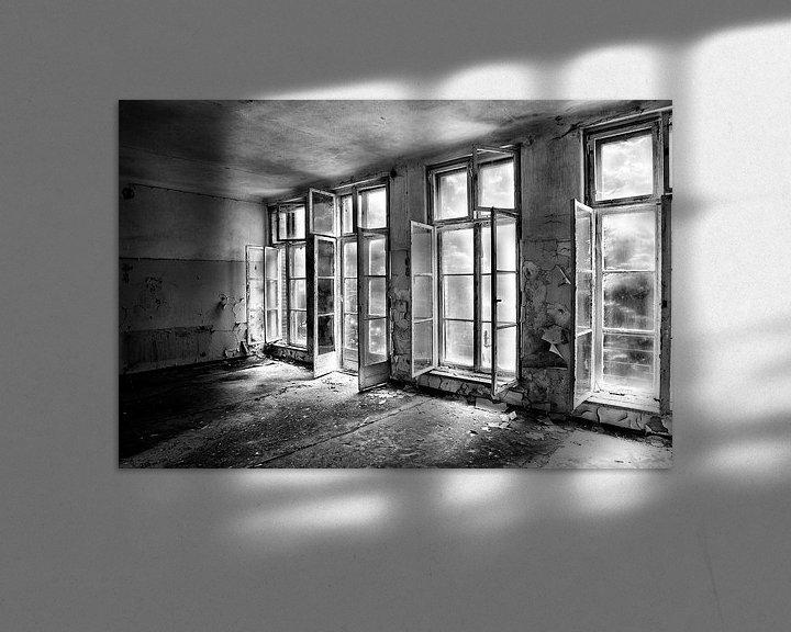 Sfeerimpressie: Windows in a Russian Hospital van Eus Driessen