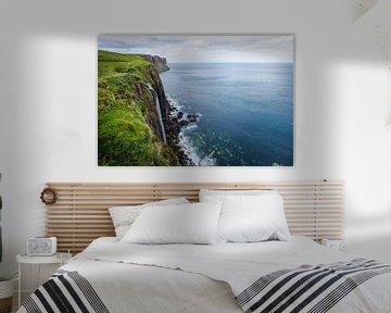 Een blik op Kilt Rock in Schotland van Fabrizio Micciche