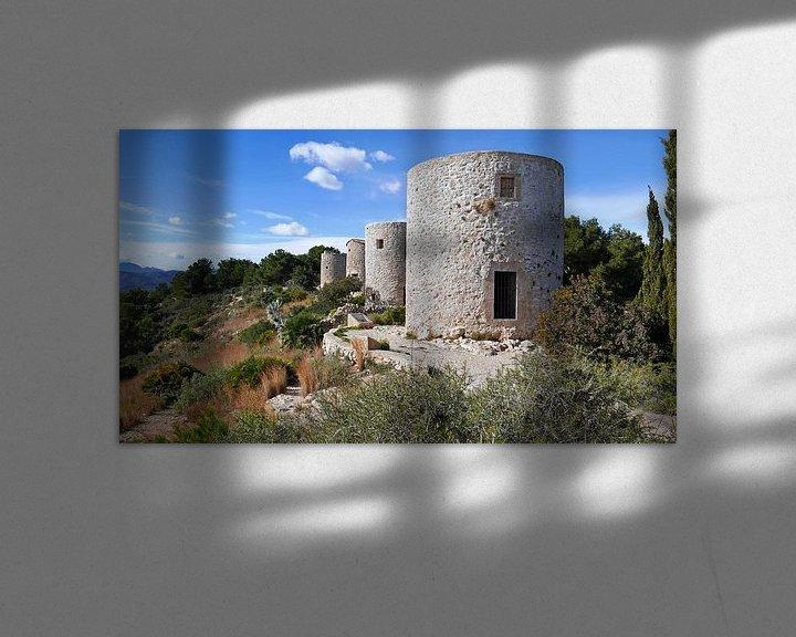 Sfeerimpressie: Molins de la Plana op een bergrug in de omgeving van Javea in Spanje van Gert Bunt