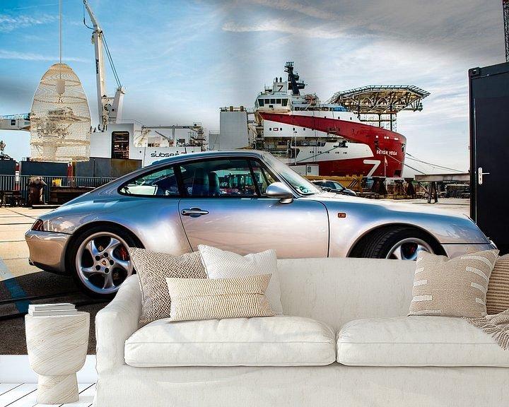 Sfeerimpressie behang: Porsche in de Haven van Brian Morgan