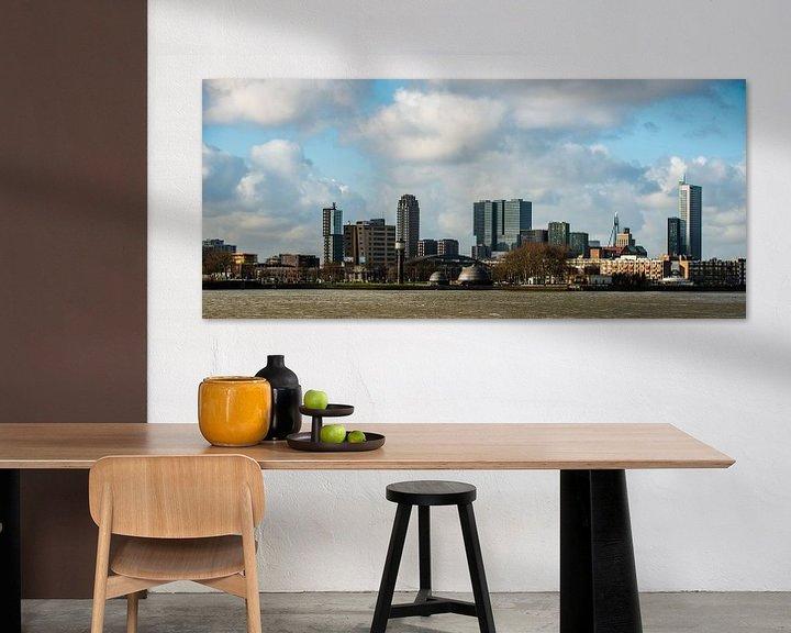 Sfeerimpressie: De Skyline van de stad Rotterdam van Brian Morgan