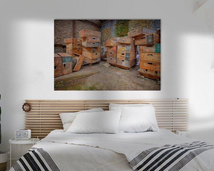 Beispiel: Urbex: Särge in einer verlassenen Kristallfabrik von Carola Schellekens