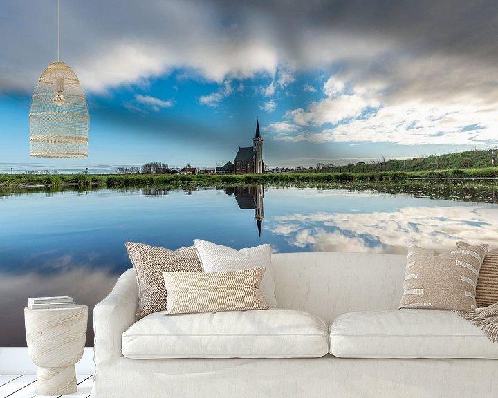 Sfeerimpressie behang: Texel Den Hoorn overdag spiegel effect door waterkolk van Texel360Fotografie Richard Heerschap