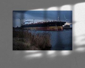 Un ciel menaçant au-dessus du port. sur scheepskijkerhavenfotografie