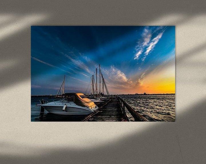 Beispiel: Motorboote & Segelschiffe, Sonnenuntergang am Hafen Altefähr, Insel Rügen von GH Foto & Artdesign