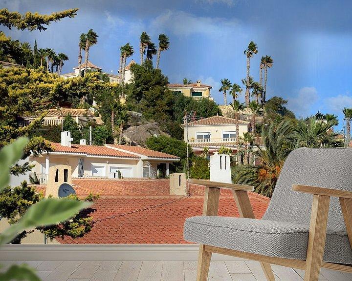 Sfeerimpressie behang: Luxe vakantiewoningen voor overwinteraars tussen de palmbomen aan de Costa Blanca van Gert Bunt