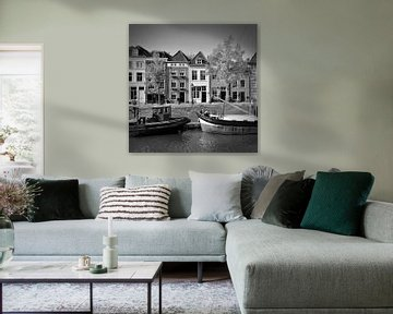De Brede Haven van 's-Hertogenbosch in zwart/wit